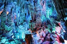 Под землей. Пещеры